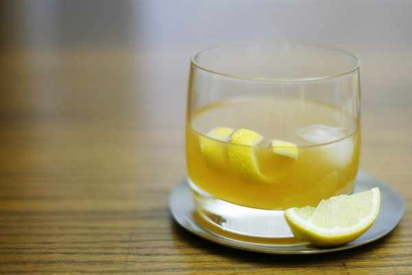 Bourbon Gold Rush Cocktail | BourbonAndHoney.com