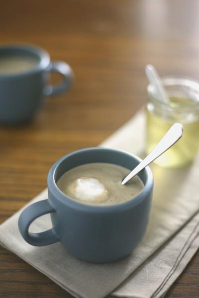 Bourbon-Vanilla Spiked Coffee | BourbonAndHoney.com