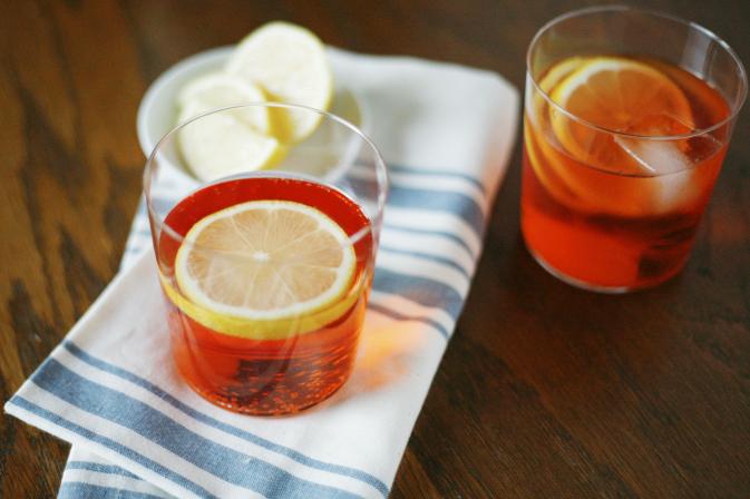 Aperol Spritz | BourbonAndHoney.com