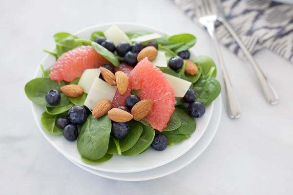 Almond, Blueberry and Grapefruit Salad | BourbonandHoney.com