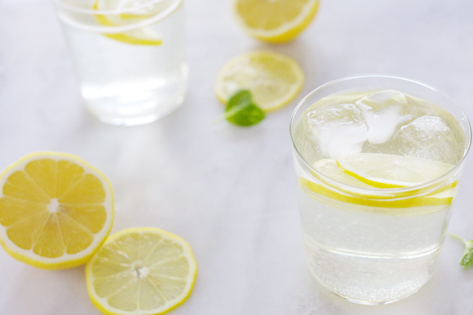 White Wine Spritzer | BourbonAndHoney.com