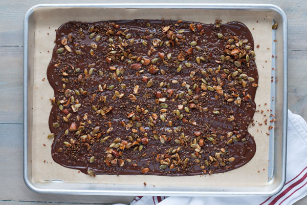 Crispy Quinoa Chocolate Bark | BourbonandHoney.com -- Crispy and crunchy this quinoa chocolate bark is sweet, salty and totally snackable!