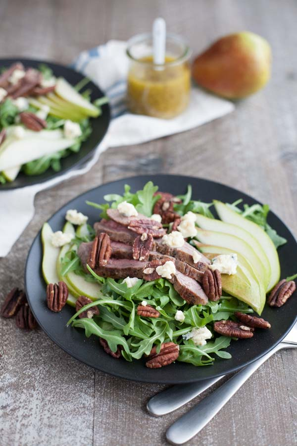 Arugula Flank Steak Salad with Pears | Bourbon and Honey